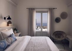 桑托瑪里斯歐亞豪華套房酒店 - 聖托里尼 - 伊亞 - 臥室