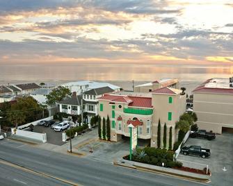 Desoto Beach Hotel - Tybee Island - Buiten zicht