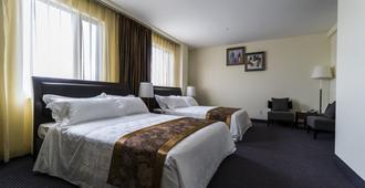 John Hotel - קווינס - חדר שינה