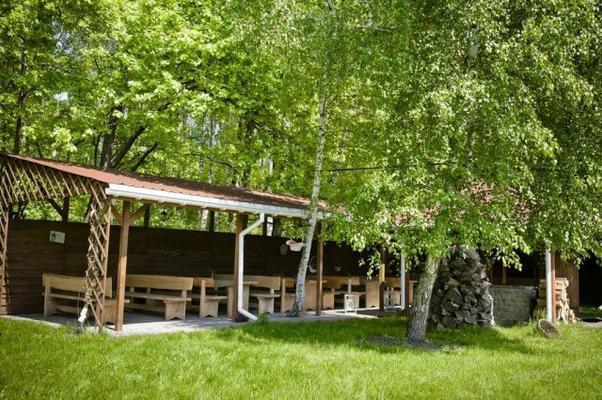 Hotel Borowina - Konstancin-Jeziorna - Vista del exterior