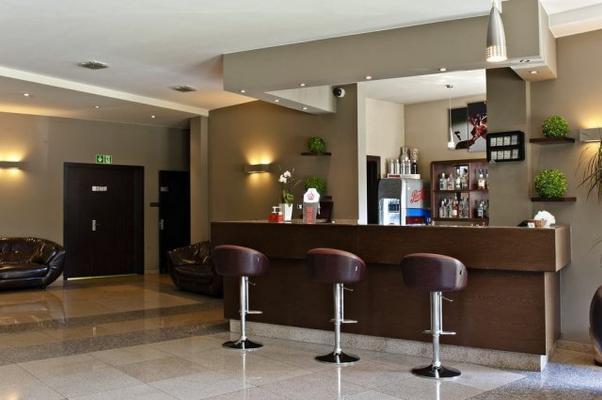 Hotel Borowina - Konstancin-Jeziorna - Bar