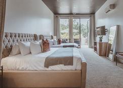 Calamigos Guest Ranch And Beach Club - Malibu - Bedroom