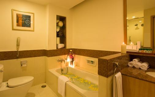 埃拉爾酒店 - 海德拉巴 - 海得拉巴 - 浴室