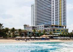 Premier Havana Nha Trang Hotel - Nha Trang - Azotea