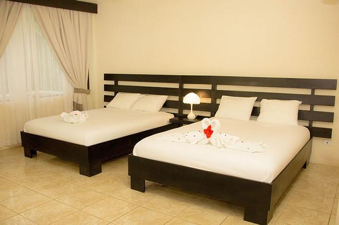 Tifakara Boutique Hotel & Birding Oasis - La Fortuna - Bedroom