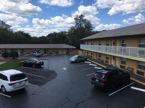Days Inn by Wyndham Orange City/Deland - Orange City - Gebäude