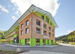 Explorer Hotel Oberstdorf - Fischen im Allgäu - Gebäude