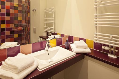 Explorer Hotel Oberstdorf - Fischen im Allgau - Bathroom