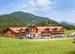 Hotel Oberstdorf - Oberstdorf - Toà nhà