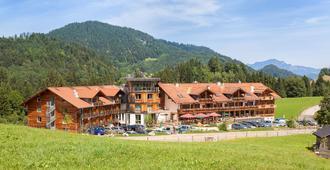 Hotel Oberstdorf - Oberstdorf - Building