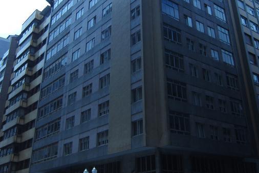 Hotel Acebos Azabache Gijón - Gijón - Building