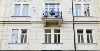 Hotel Maximilian - Praga - Vista del exterior
