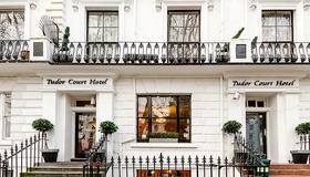 Tudor Court Hotel - Lontoo - Rakennus