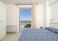 Residence I Delfini - Cupra Marittima - Schlafzimmer
