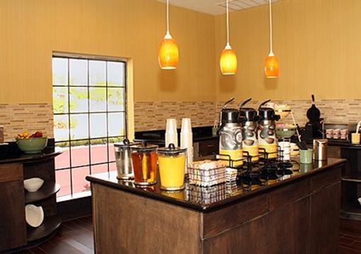 Quality Inn & Suites - Houston - Comida