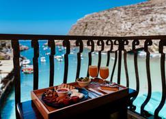 Hotel San Andrea - Xlendi - Balkong