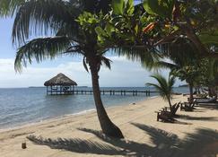 Maya Beach Hotel - Placencia - Beach