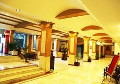 Aveda Kamal Palace - Jalandhar - Lobby