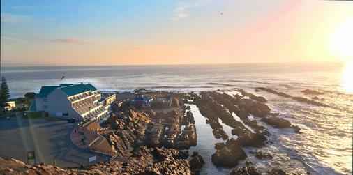 The Point Hotel & Spa - Залив Моссел - Вид снаружи
