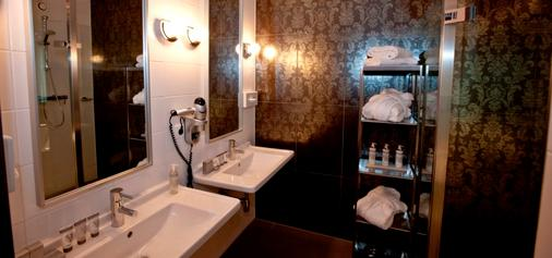 WestCord Fashion Hotel Amsterdam - Amsterdam - Bathroom