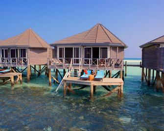 Kuredu Island Resort & Spa - Kuredhdhoo - Bedroom