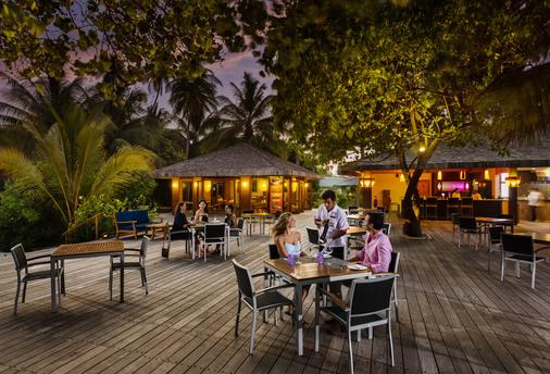Meeru Island Resort & Spa - Meeru Island - Bar