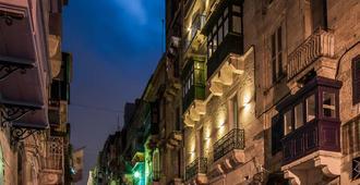 Tano's Boutique Guesthouse - La Valletta - Vista esterna