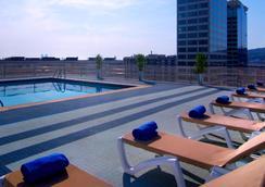 Expo Hotel Barcelona - Barcelona - Pool