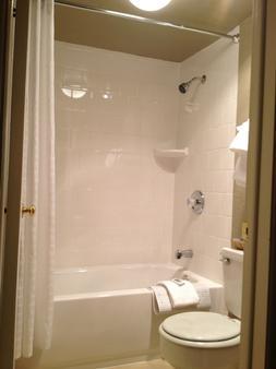 Der Ritterhof Inn - Leavenworth - Bathroom