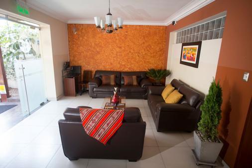 Hotel Tinkus Inn - Λίμα - Σαλόνι ξενοδοχείου