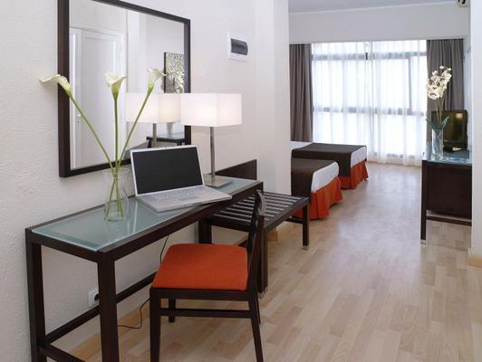 Hotel Adonis Pelinor - Santa Cruz de Tenerife - Bedroom