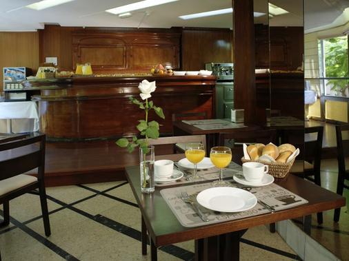 Hotel Adonis Pelinor - Santa Cruz de Tenerife - Menjar