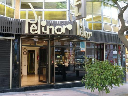 Hotel Adonis Pelinor - Santa Cruz de Tenerife - Building