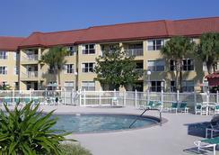 Parc Corniche Condominium Suite Hotel - Orlando - Piscina