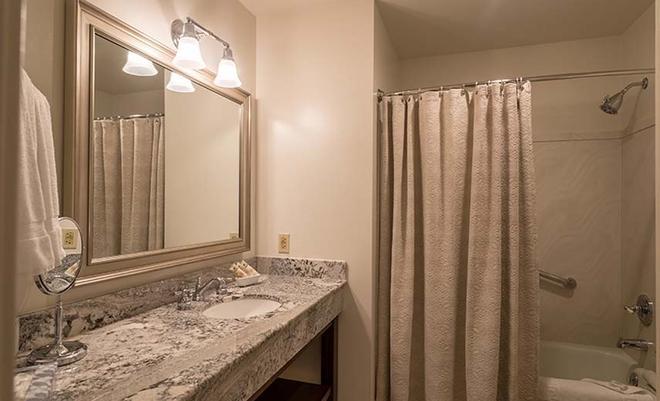 Hotel Boulderado - Boulder - Bathroom