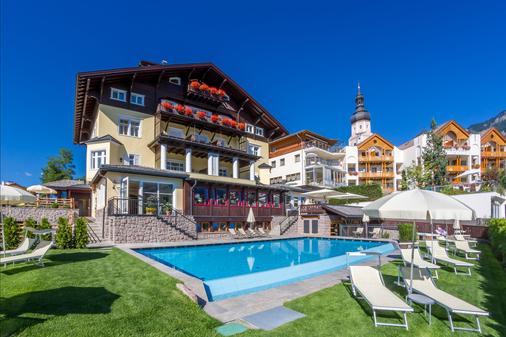 Hotel Villa Kastelruth - Castelrotto - Building