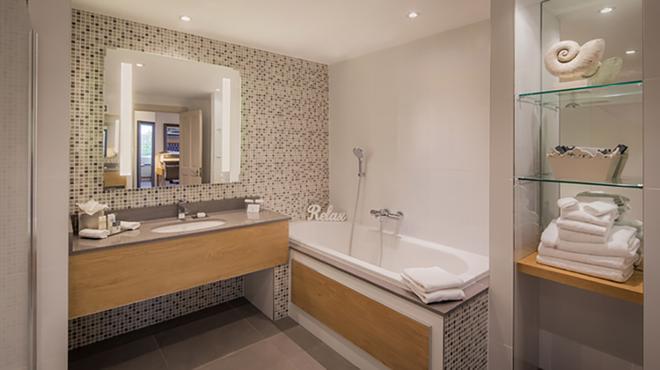Clayton Hotel Burlington Road - Dublin - Bathroom