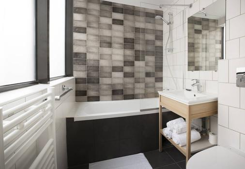 Hotel Izzy By Happyculture - Issy-les-Moulineaux - Bathroom