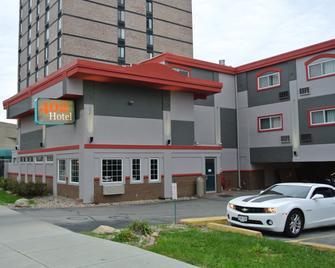 402 Hotel - Omaha