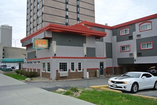 402 Hotel - Omaha - Building