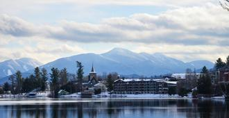 Golden Arrow Lakeside Resort - Lake Placid - Outdoors view