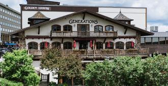 Golden Arrow Lakeside Resort - Lake Placid - Bygning
