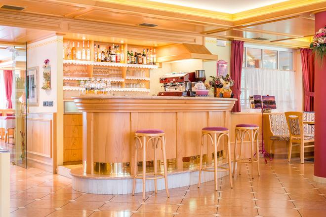 Hotel Villa Rosella Park & Wellness - Canazei - Bar