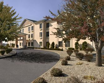 Baymont by Wyndham O'Fallon St. Louis Area - O'Fallon - Gebouw