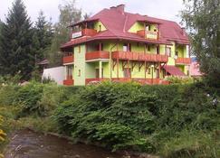 Willa Stenia - Wisła - Edificio