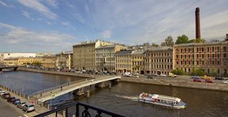 Golden Age Hotel - San Petersburgo - Balcón