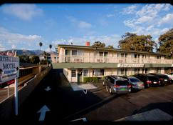 Crystal Lodge Motel - Ventura - Κτίριο