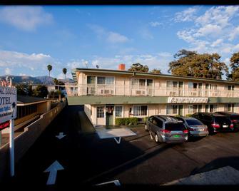 Crystal Lodge Motel - Вентура - Здание