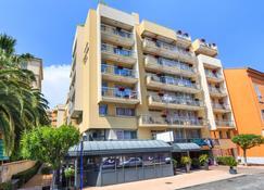 Quality Hotel Mediterranee Menton - Mentone - Edificio