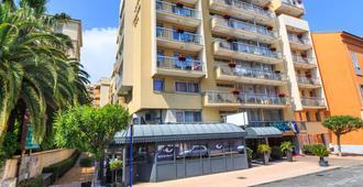 地中海芒通品質酒店 - 門頓 - 蒙頓 - 建築